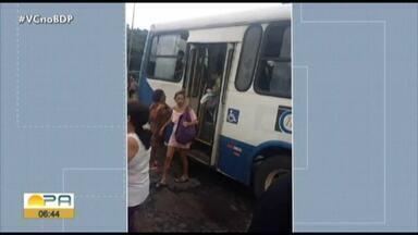 Ônibus em Mosqueiro para no meio da pista por falta de combustível - Ônibus em Mosqueiro para no meio da pista por falta de combustível