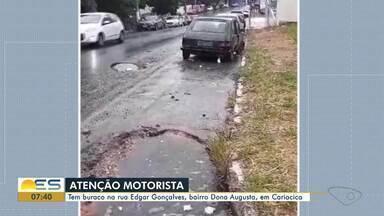 Motoristas reclamam de buraco na rua Edgar Gonçalves, bairro Dona Augusta, em Cariacica - Coma a chuva, buraco ficou coberto pela água.