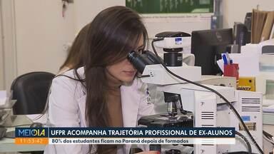UFPR acompanha trajetória profissional de ex-alunos - 80% dos estudantes ficam no Paraná depois de formados.