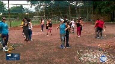 Muitas pessoas vão cedinho para a Potycabana para práticas esportivas - Muitas pessoas vão cedinho para a Potycabana para práticas esportivas