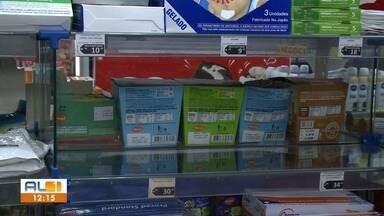 Álcool gel e máscaras começam a sumir das prateleiras das farmácias em Maceió - Muitas pessoas estão preocupadas com o novo coronavírus.