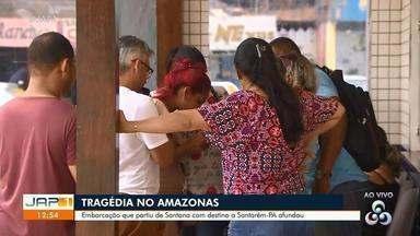 Familiares vão até a Marinha em busca de informações sobre as vítimas do naufrágio no AP - Acidente aconteceu neste sábado (29).