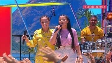 Plateia relembra sucesso de Maiara e Maraísa e cantoras cantam trecho de 'Nem Tchum' - Mumuzinho pede para as veteranas do SóTocaTop darem algumas dicas para Ludmilla
