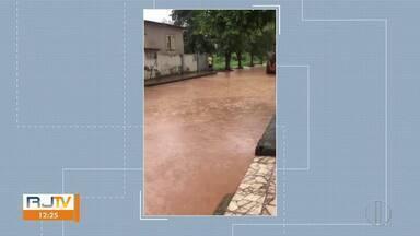 Alerta de transbordamento do Rio Muriaé continua - Na noite desta sexta-feira (28), o Rio Pomba transbordou em Santo Antônio de Pádua.