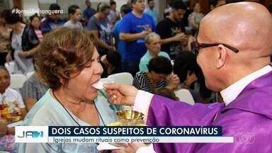 Igrejas mudam rituais como forma de prevenção ao coronavírus em Goiânia - Dois casos foram confirmados da doença no Brasil.