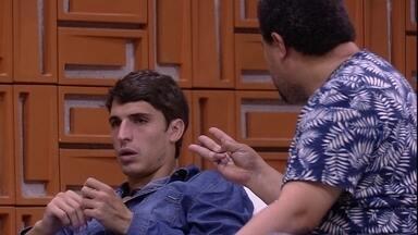 Felipe responde a Babu sobre estratégia de jogo: 'Então não somos nós dois' - Felipe responde a Babu sobre estratégia de jogo: 'Então não somos nós dois'