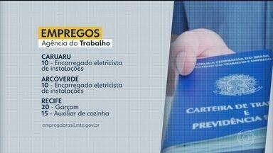 Confira as vagas de emprego oferecidas no estado - Capital pernambucana tem 20 vagas para garçom e 10 para açougueiro.