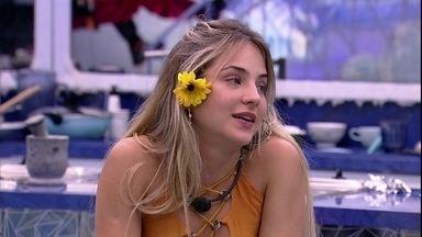 Rafa questiona fim do namoro de Gabi e Guilherme, cantora diz: 'Meu final feliz é sozinha - Rafa questiona fim do namoro de Gabi e Guilherme, e cantora diz: 'Meu final feliz é sozinha'