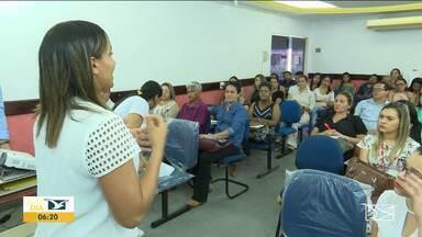 Profissionais de Saúde realizam reunião sobre coronavírus no Vale do Pindaré - Autoridades da área de Saúde reuniram os profissionais de Saúde para dar as diretrizes do plano de contingência contra o coronavírus.
