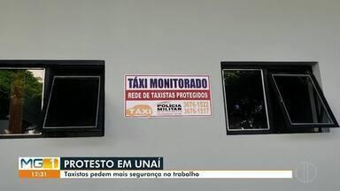 Taxistas de Unaí fazem protesto por mais segurança no trabalho - A manifestação aconteceu depois que um colega deles foi vítima de latrocínio.