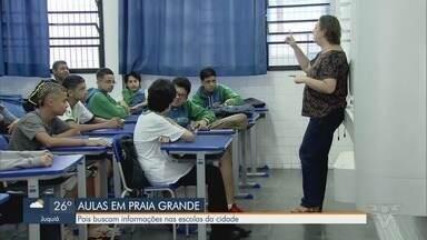 Escolas de Praia Grande ficam abertas até sexta e pais buscam informações - Pais de estudantes vão até escolas tirar dúvidas sobre as aulas, que serão suspensas a partir de segunda-feira (23).