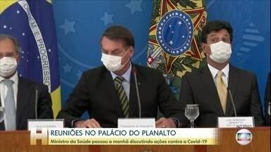 Ministro da Saúde passa a manhã discutindo ações contra a Covid-19 - O ministro da Saúde, Luiz Henrique Mandetta, teve reuniões no Palácio do Planalto até o começo da tarde desta quinta-feira (19).