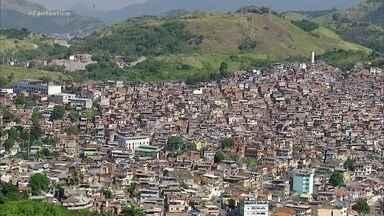 Fantástico mostra como comunidades estão se preparando para o coronavírus - Treze milhões e seiscentas mil pessoas vivem em favelas no Brasil. Apesar da falta de água e de dinheiro para comprar álcool gel, comunidades tentam se preparar.