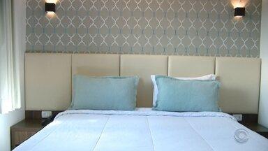 Vinte suspeitos de coronavírus estão isolados em hotel de Gramado - Dois turistas tiveram resultado positivo para doença.