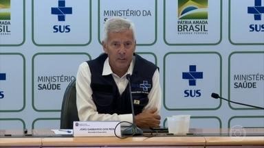 Brasil tem 77 mortos e 3 mil pessoas infectadas pelo coronavírus em um mês - Ministério da Saúde diz que o país ainda está no começo da epidemia do coronavírus. Outra preocupação do governo é com a influenza A e a dengue que costumam atacar com força nesta época do ano.