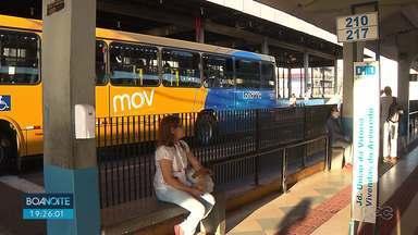 Passageiros reclamam das condições do transporte coletivo em Londrina - Em meio à pandemia passageiros reclamam da limpeza nos ônibus e também lotação nos horários de pico