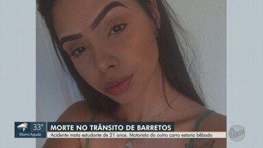 Acidente mata estudante de 21 anos em Barretos, SP - Motorista do outro carro envolvido na colisão estaria bêbado.
