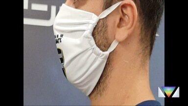 Time de handebol de Taubaté confecciona máscaras de pano para distribuição - Máscaras serão entregues para população carente.