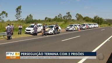 Perseguição da Polícia Militar a veículo termina com duas prisões em Pirapozinho - Carro estava carregado com mais de 45 quilos de maconha e skank.