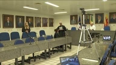 Mais de mil profissionais de saúde estão com Covid-19 em Pernambuco - Médicos e profissionais de outras áreas da saúde estão sendo chamados para substituir os que foram afastados pela doença e também para reforçar o atendimento à população.