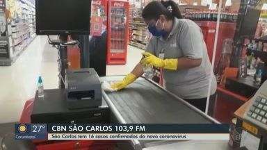 São Carlos confirma mais 5 casos de Covid-19 em profissionais de supermercado - Veja as informações com o apresentador Flávio Mesquita.