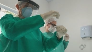 Marília começa a aplicar testes rápidos de Covid-19 nas unidades de saúde - A prefeitura de Marília (SP) anunciou que vai começar a aplicar testes rápidos para diagnosticar pacientes com Covid-19 a partir desta sexta-feira (24) nas unidades de saúde do município.