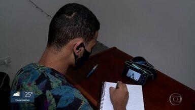 Volta às aulas na rede estadual de ensino - Conteúdo será dado de forma virtual através de aplicativo. Mas muitos alunos não estão conseguindo acessar à plataforma
