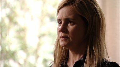 Santiago avisa à Carminha que pretende matar Tufão - Ela fica assustada com atitude