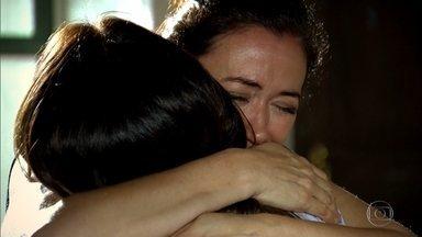 Griselda agradece a Celeste por aceitar a sua proposta - A nova milionária fica satisfeita por ter conseguido finalmente uma maneira de ajudar a amiga