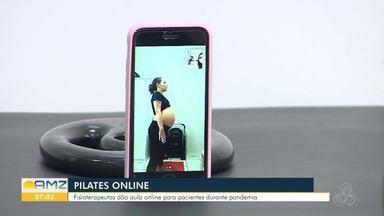 Pilates online é uma alternativa de acompanhamento de grávidas - as fisioterapeutas usam assessórios que a pessoa tem em casa para execução de alguns exercícios.