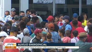 Agências da caixa em Boa vista têm registrado grandes filas para saque dos 600 reais - Na agência da Caixa no centro a fila começou na madrugada.