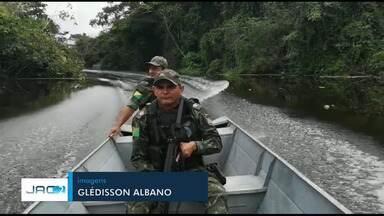Homem foragido do Amazonas é preso durante abordagem o Rio Juruá, no Acre - Homem foragido do Amazonas é preso durante abordagem o Rio Juruá, no Acre