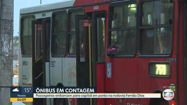 Bom Dia acompanha quem pega ônibus em Contagem - Passageiros embarcam para capital em ponto na rodovia Fernão Dias.