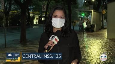 INSS orienta população a ligar para o 135 - Marcação de atendimentos do INSS deve ser feita agora pela Internet