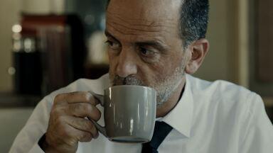 Episódio 3 - Juma vai a julgamento e se recusa a cooperar com a polícia. Micha teme que Juma revele a verdade sobre o atropelamento. Algo suspeito é descoberto no carro de Micha.