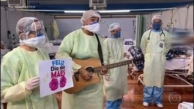 Equipe médica canta para aliviar isolamento de pacientes de Covid-19 em hospital de SP - Veja como foi o domingo (10), neste Dia das Mães em que o Brasil ultrapassou 11 mil mortes por Covid.