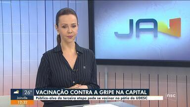 Caminhão disponibiliza vacina contra gripe em Florianópolis - Caminhão disponibiliza vacina contra gripe em Florianópolis