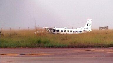 Companhia aérea retoma voos diários de Araçatuba para Campinas - Os voos haviam sido suspensos desde o dia 25 de março, devido a pandemia. A capacidade de passageiros foi alterada, agora serão realizados três voos de ida e volta por dia, cada um para nove passageiros.