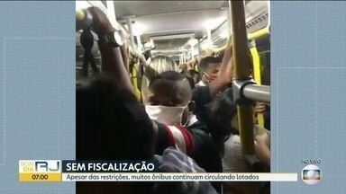 Campo Grande registra ônibus lotados mesmo com restrições - Sindicato dos motoristas e cobradores reclama da exposição dos profissionais que não têm como impedir a entrada de passageiros nos ônibus.
