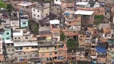 Favelas do Rio de Janeiro recorrem à tecnologia para driblar o coronavírus - Comunidades, que já somam 125 mortes pela doença, ganharam aplicativo desenvolvido pelo Complexo do Alemão com informações em tempo real da Covid-19