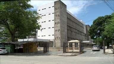 Treze crianças esperam vaga de UTI, em Pernambuco - Covid-19 faz aumentar a demanda por leitos de terapia intensiva para crianças e recém-nascidos.