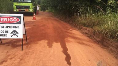 Polícia procura quadrilha que furtou combustível em Guararema - O crime foi no KM 76 da Rodovia Henrique Eroles. O furto só não foi maior porque os moradores ouviram barulho e chamaram a polícia.