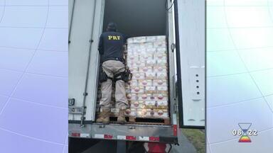 PRF apreende quase 90 mil latas de cerveja na Dutra - Valor da carga é de mais de R$ 170 mil