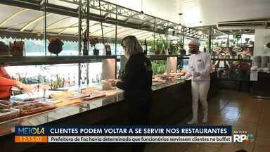 Clientes podem voltar a se servir em restaurantes - Prefeitura de Foz havia determinado que funcionários servissem clientes no buffet