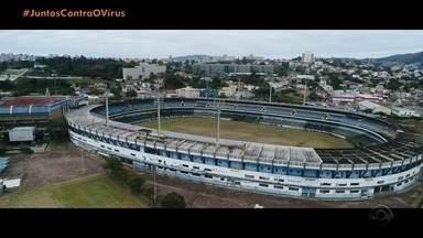 RBSTV reexibirá jogo histórico para gremistas neste domingo (17) - Tricolores poderão rever final da Libertadores entre Grêmio e Peñarol, em 1983.