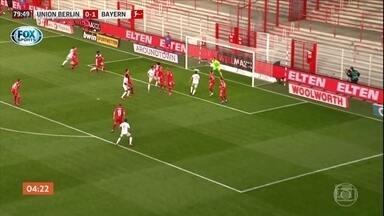 Bayern de Munique mantém a liderança isolada do campeonato alemão - Jogador brasileiro Mateus Cunha fez um golaço. Assista ao vídeo.