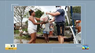 Polícia Militar doa alimentos a famílias atingidas pela enchente no Maranhão - Alimentos foram levados pelo pelotão fluvial às famílias ribeirinhas Rio Pindaré