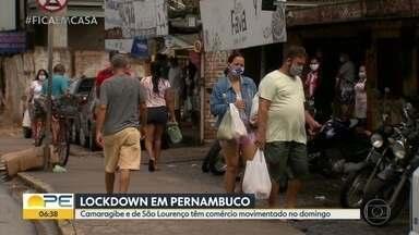 Comércio tem movimento em Camaragibe e São Lourenço mesmo durante quarentena - Movimento de carros e de pessoas era grande na região central das cidade, no domingo (17).