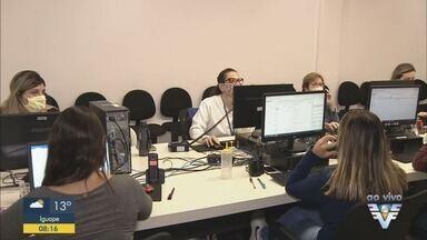 Central telefônica de combate a Covid-19 funciona em Praia Grande - Central já atendeu mais de 5 mil pessoas.