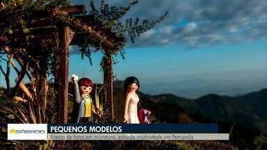 Fotógrafo de Petrópolis, RJ, usa a criatividade para criar ensaio fotográfico em miniatura - Para continuar com o trabalho durante a pandemia de Covid-19, Giovani Garcia teve a ideia de fazer ensaios de fotos com bonecos, se baseando em histórias reais.